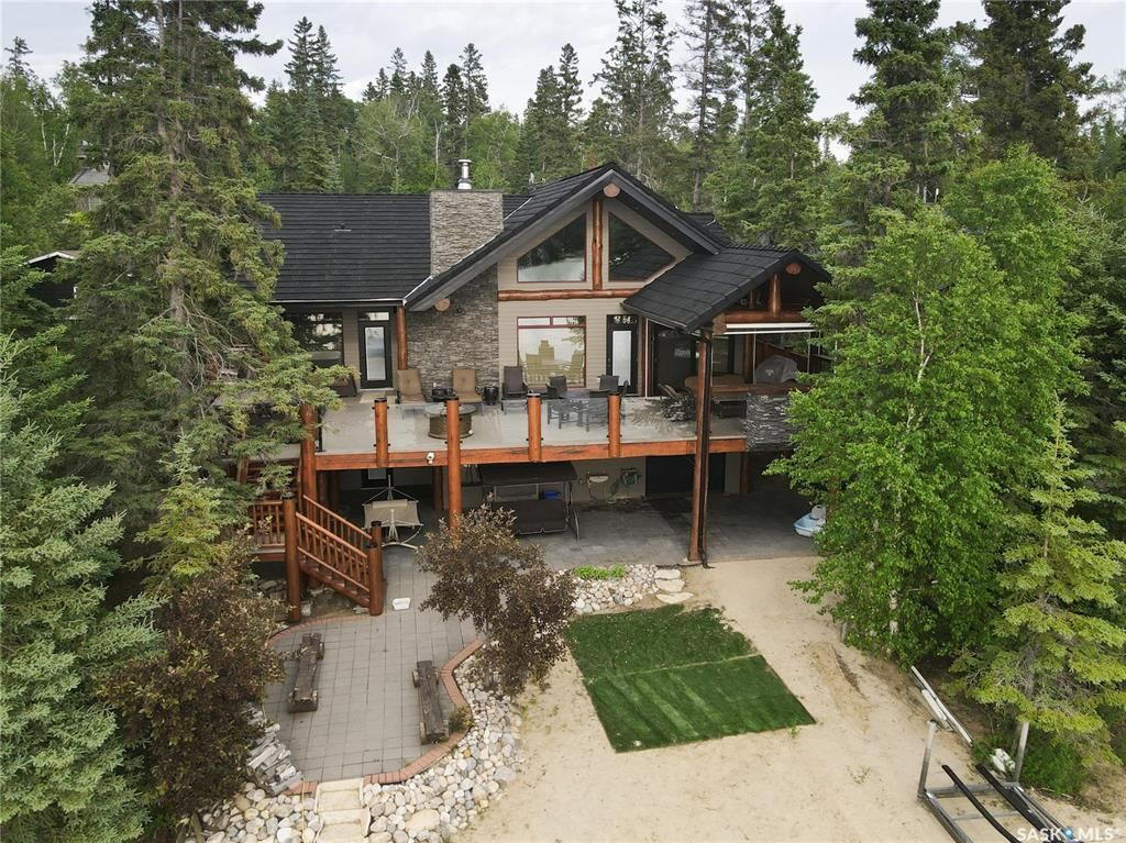 Main Photo: 612 Marine Drive in Emma Lake: Residential for sale : MLS®# SK861403
