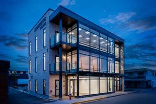 Photo 4: 100 11770 FRASER STREET in Maple Ridge: East Central Office for lease : MLS®# C8039775