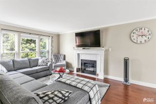 Photo 5: 26453 32 Avenue in Langley: Aldergrove Langley House for sale : MLS®# R2592552