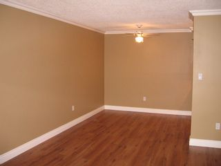 Photo 2: 222 9847 Manchester Drive in Barclay Woods: Home for sale : MLS®# V684550