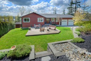 Photo 1: 29880 SILVERDALE AVENUE in Mission: Mission-West House for sale : MLS®# R2359145