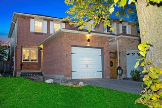 Photo 1: 8 Drew Court in Whitby: Pringle Creek House (2-Storey) for sale : MLS®# E4958975