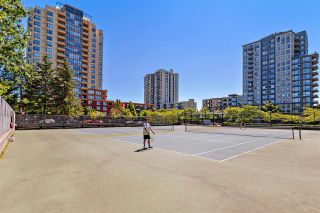 "Photo 13: 704 3455 ASCOT Place in Vancouver: Collingwood VE Condo for sale in ""QUEENS COURT"" (Vancouver East)  : MLS®# R2575518"