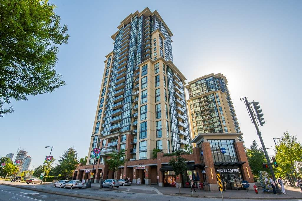 """Main Photo: 2202 10777 UNIVERSITY Drive in Surrey: Whalley Condo for sale in """"CITY POINT"""" (North Surrey)  : MLS®# R2564095"""