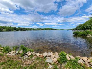 Photo 2: East Uniacke Road in Mount Uniacke: 105-East Hants/Colchester West Vacant Land for sale (Halifax-Dartmouth)  : MLS®# 202115648