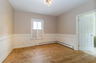 Photo 5: 11 ORCHARD Avenue in Wolfville: 404-Kings County Residential for sale (Annapolis Valley)  : MLS®# 202009295