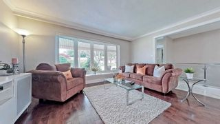 Photo 7: 1008 Mccullough Drive in Whitby: Downtown Whitby House (Bungalow) for sale : MLS®# E5334842