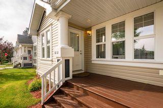 Photo 3: 6052 STANTON Drive in Edmonton: Zone 53 House for sale : MLS®# E4262147