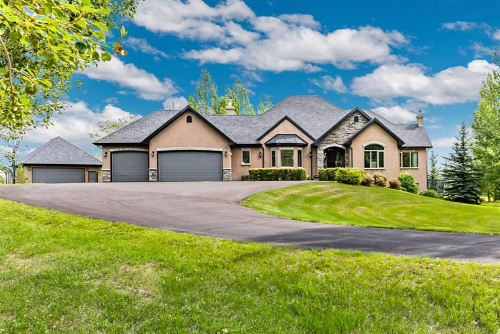 Main Photo: 238036 44 Street E: Rural Foothills County Detached for sale : MLS®# A1153110
