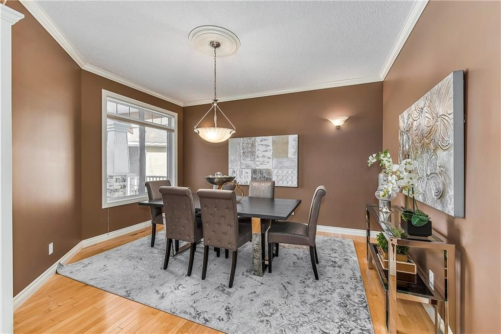 Photo 8: Photos: 73 DISCOVERY WOODS Villa SW in Calgary: Discovery Ridge Semi Detached for sale : MLS®# C4218779