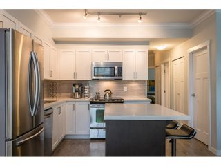 """Photo 7: 106 6655 192 Street in Surrey: Clayton Townhouse for sale in """"ONE 92"""" (Cloverdale)  : MLS®# R2492692"""