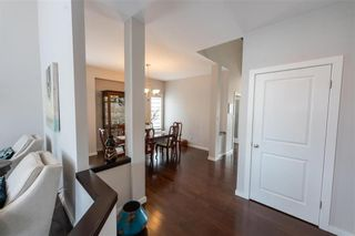 Photo 9: 3 Lake Bend Road in Winnipeg: Bridgwater Lakes Residential for sale (1R)  : MLS®# 202104330