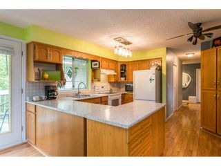 """Photo 3: 318 22514 116 Avenue in Maple Ridge: East Central Condo for sale in """"FRASER COURT"""" : MLS®# R2462714"""