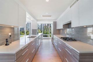 """Photo 11: 702 499 BROUGHTON Street in Vancouver: Coal Harbour Condo for sale in """"DENIA"""" (Vancouver West)  : MLS®# R2589873"""
