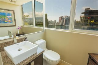"""Photo 14: PH3 555 JERVIS Street in Vancouver: Coal Harbour Condo for sale in """"HARBOURSIDE PARK II"""" (Vancouver West)  : MLS®# R2578170"""