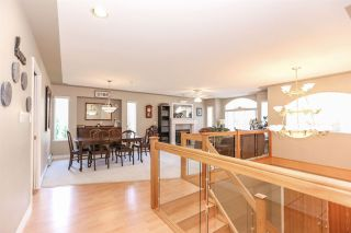 Photo 4: 8060 BLUEBELL Street in Mission: Mission BC House for sale : MLS®# R2376740