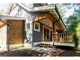 """Photo 30: 43573 RED HAWK Pass: Lindell Beach House for sale in """"The Cottages at Cultus Lake"""" (Cultus Lake)  : MLS®# R2477513"""