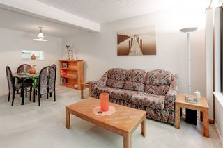 Photo 10: 959 BLACKSTOCK Road in Port Moody: North Shore Pt Moody Townhouse for sale : MLS®# R2161202