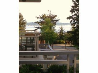 Photo 3: # 404 15152 RUSSELL AV: White Rock Condo for sale (South Surrey White Rock)  : MLS®# F1412237