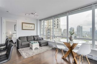 Photo 2: 1701 1088 Richards Street in Vancouver: Yaletown Condo for sale (Vancouver West)