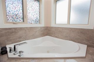 Photo 14: 1084 ARMITAGE Crescent in Edmonton: Zone 56 House for sale : MLS®# E4236912