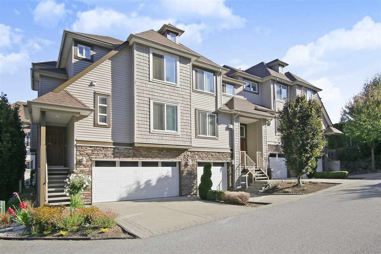 """Main Photo: 24 46778 HUDSON Road in Sardis: Promontory Townhouse for sale in """"COBBLESTONE TERRACE"""" : MLS®# R2402686"""