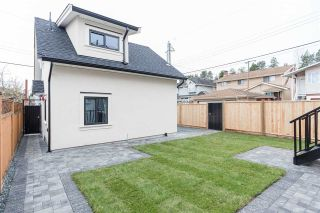 Photo 18: 26 E 54TH Avenue in Vancouver: South Vancouver House for sale (Vancouver East)  : MLS®# R2225351