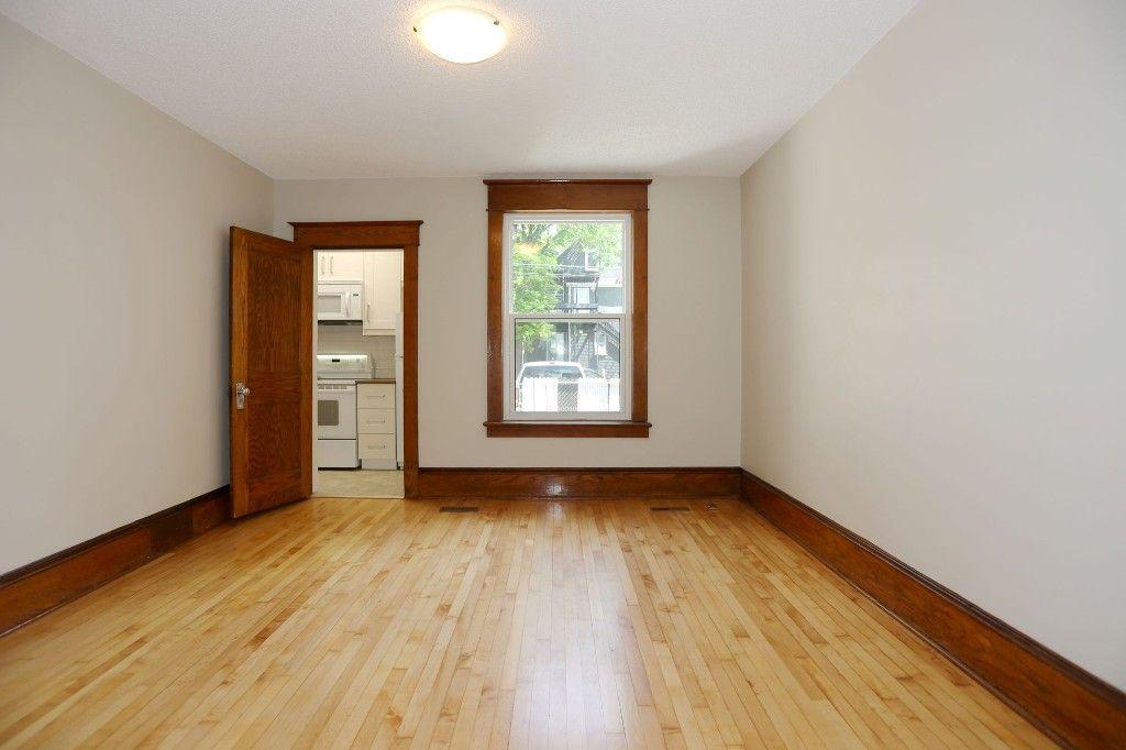Photo 7: Photos: 233 Lipton Street in Winnipeg: Wolseley Duplex for sale (5B)  : MLS®# 1715525
