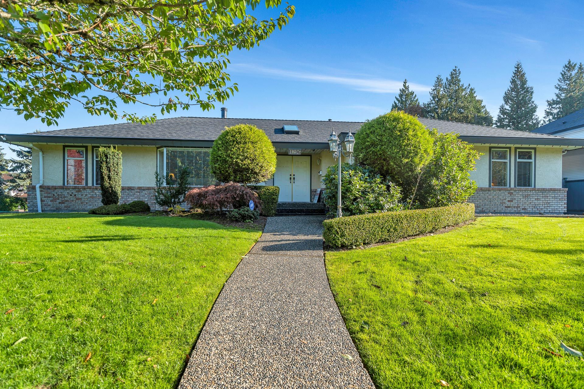 Main Photo: 11296 153A STREET in Surrey: Fraser Heights House for sale (North Surrey)  : MLS®# R2512149