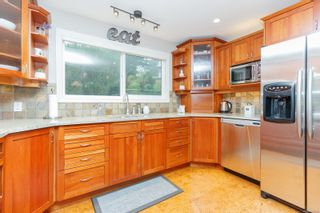 Photo 10: 3489 Aloha Ave in Colwood: Co Lagoon House for sale : MLS®# 859786