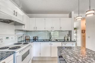 Photo 3: 26 5019 46 Avenue SW in Calgary: Glamorgan Row/Townhouse for sale : MLS®# A1147029