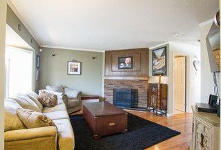 Photo 3: 6306 24 Avenue NE in Calgary: Pineridge House for sale : MLS®# C4181311