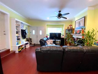 Photo 5: 5131 MANOR Street in Burnaby: Central BN 1/2 Duplex for sale (Burnaby North)  : MLS®# R2539443