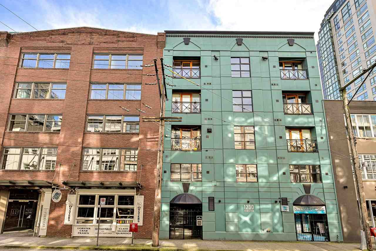 """Main Photo: 204 1230 HAMILTON Street in Vancouver: Yaletown Condo for sale in """"THE COOPERAGE"""" (Vancouver West)  : MLS®# R2549610"""