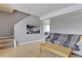 Photo 6: 52 2727 RUNDLESON Road NE in Calgary: Rundle Townhouse for sale : MLS®# C3650032