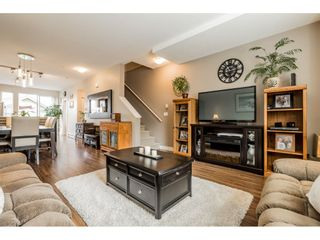"""Photo 2: 40 4967 220 Street in Langley: Murrayville Townhouse for sale in """"Winchester"""" : MLS®# R2393390"""