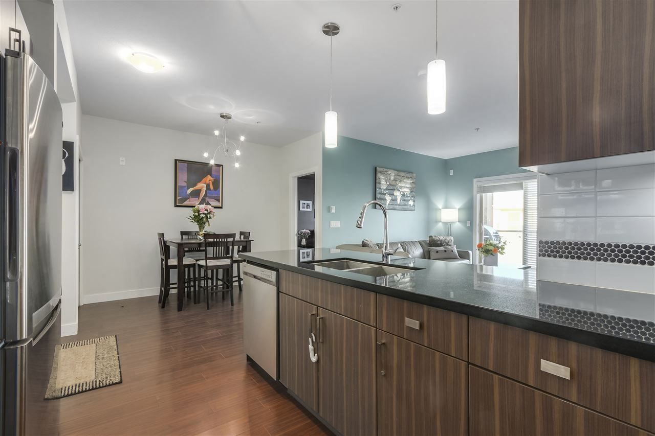 """Photo 11: Photos: 308 20219 54A Avenue in Langley: Langley City Condo for sale in """"SUEDE"""" : MLS®# R2333974"""