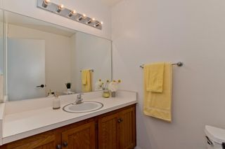 Photo 10: SAN DIEGO House for sale : 3 bedrooms : 4031 Cadden Way