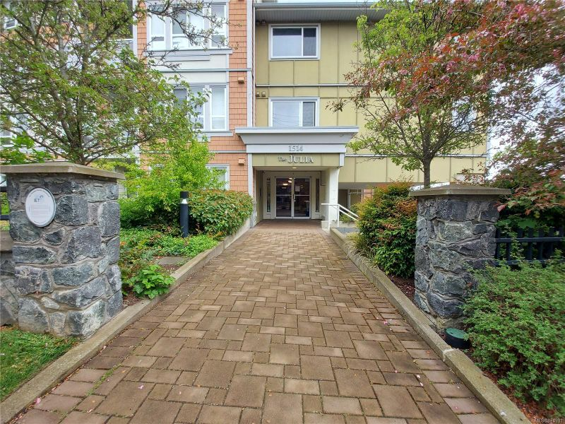 FEATURED LISTING: 205 - 1514 Church Ave