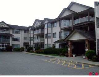 """Photo 1: 207 32145 OLD YALE Road in Abbotsford: Abbotsford West Condo for sale in """"CYPRESS PARK"""" : MLS®# F2832457"""