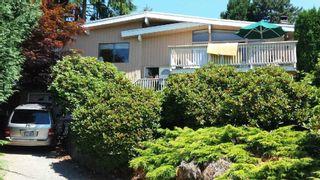 Photo 1: 17 BEDINGFIELD Street in Port Moody: Barber Street House for sale : MLS®# R2140846