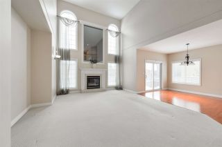 Photo 12: 1197 HOLLANDS Way in Edmonton: Zone 14 House for sale : MLS®# E4231201
