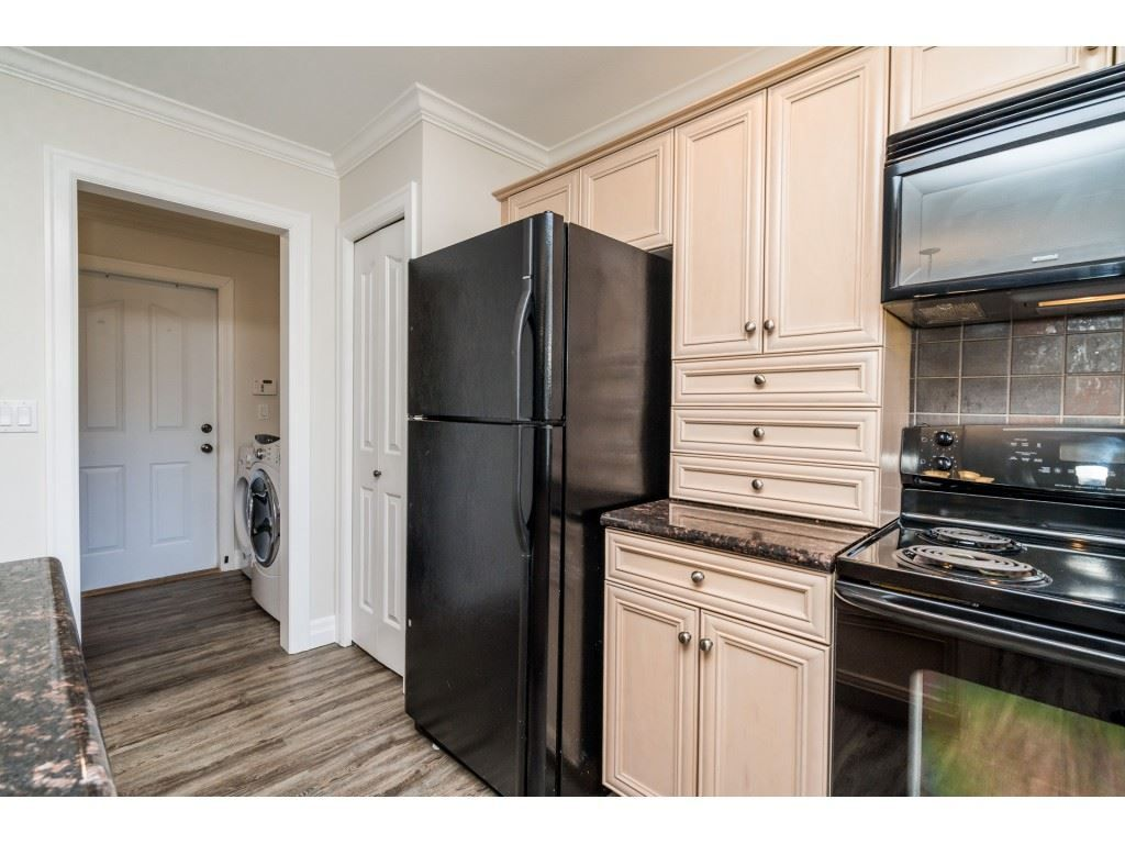 """Photo 30: Photos: 27 6450 BLACKWOOD Lane in Chilliwack: Sardis West Vedder Rd Townhouse for sale in """"The Maples"""" (Sardis)  : MLS®# R2480574"""