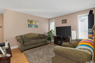 Photo 4: 846 4th Street South in Martensville: Residential for sale : MLS®# SK852111