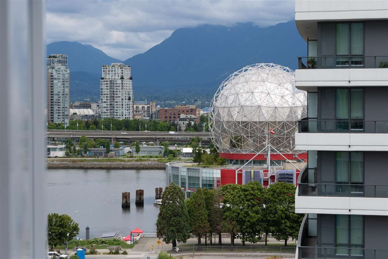 """Main Photo: 1108 1708 ONTARIO Street in Vancouver: Mount Pleasant VE Condo for sale in """"PINNACLE ON THE PARK"""" (Vancouver East)  : MLS®# R2473521"""