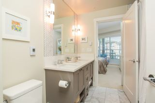 """Photo 19: 415 14855 THRIFT Avenue: White Rock Condo for sale in """"The Royce"""" (South Surrey White Rock)  : MLS®# R2538329"""