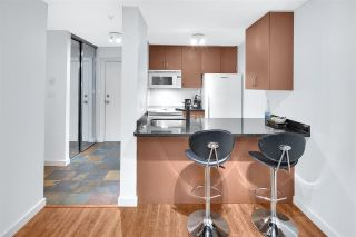 """Photo 8: 402 1040 PACIFIC Street in Vancouver: West End VW Condo for sale in """"Chelsea Terrace"""" (Vancouver West)  : MLS®# R2239009"""