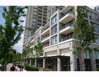 """Photo 1: 313 7088 SALIBURY BB in Burnaby: VBSHG Condo for sale in """"WEST"""" (Burnaby South)  : MLS®# V716077"""