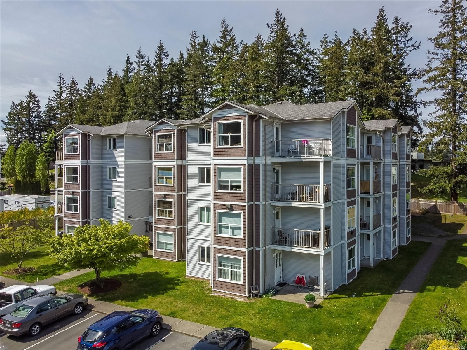 Main Photo: 209 282 Birch St in : CR Campbell River Central Condo for sale (Campbell River)  : MLS®# 883722