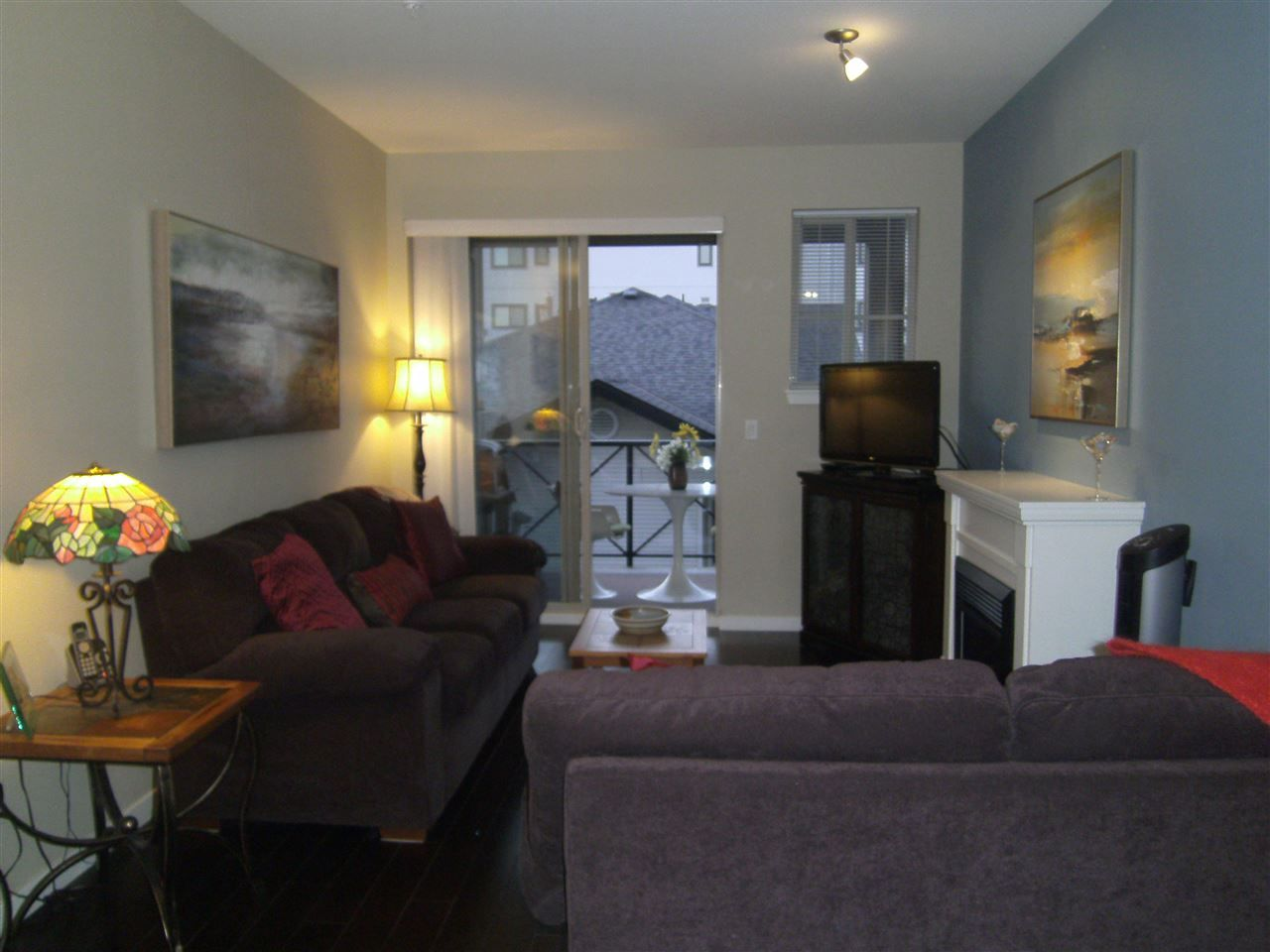 """Photo 3: Photos: 304 2336 WHYTE Avenue in Port Coquitlam: Central Pt Coquitlam Condo for sale in """"CENTREPOINTE"""" : MLS®# R2014539"""
